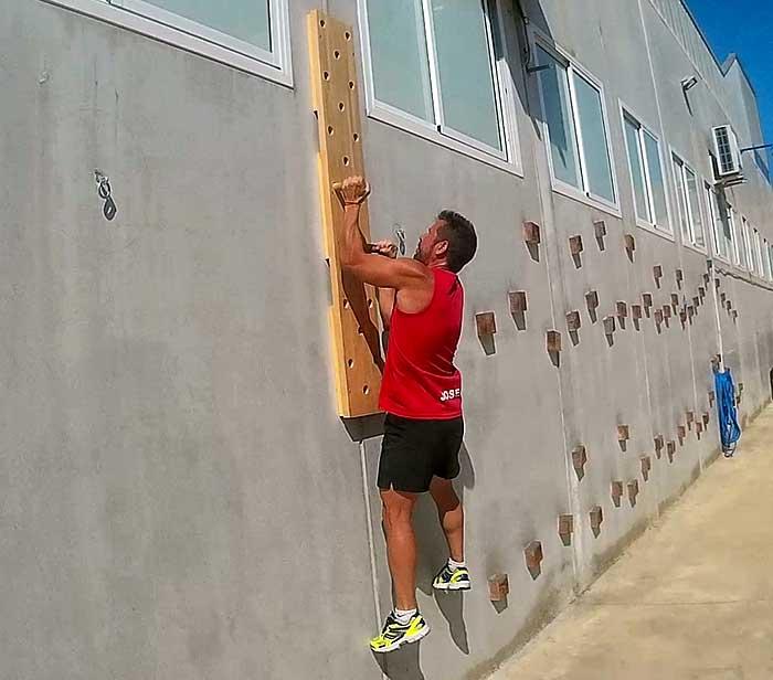 Peg board vertical